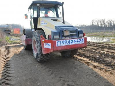 Compaction through a suitable roller